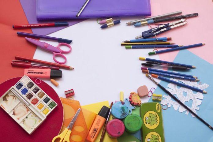 Καταγγελία της ένωσης Γονέων για γραφική ύλη του 2019-2020