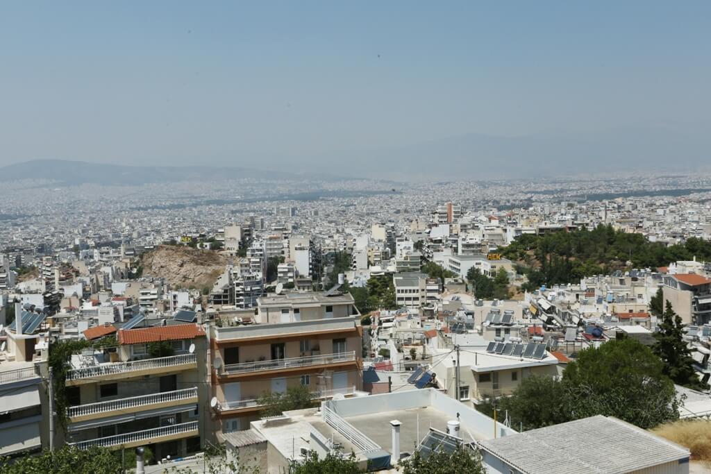 Καπνός Αθήνα: Έχει πνίξει την πρωτεύουσα – Πώς θα προστατευτείτε