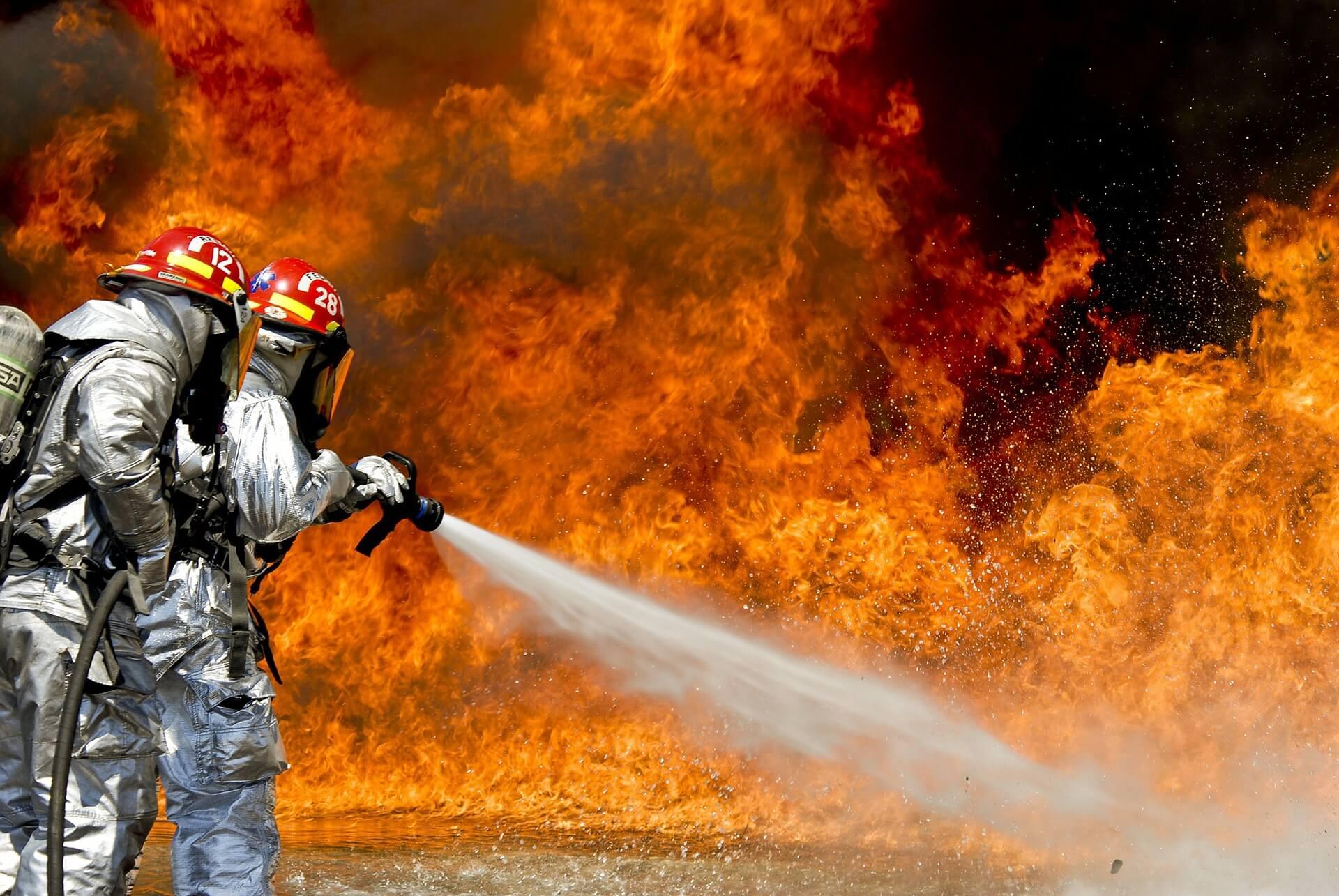 Πυρκαγιά Στον περιφερειακό του Υμηττού, στην Αγία Παρασκευή