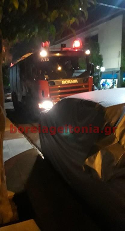 Συμβαίνει τώρα Φωτιά σε ισόγειο διαμέρισμα την Εθνική Αμύνης