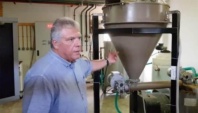 Αρχική Ειδήσεις Φοβερή καινοτομία: Με απόβλητα κουζίνας κινείται απορριματοφόρο στο Χαλάνδρι!