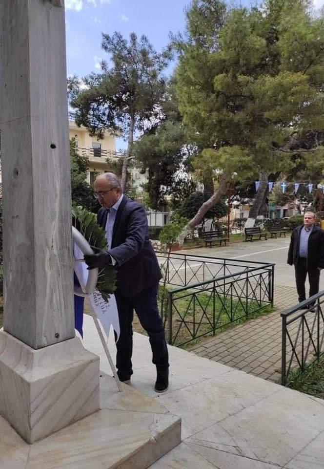Δήμος Ηρακλείου: Κατάθεση στεφάνου για την 25ή Μαρτίου