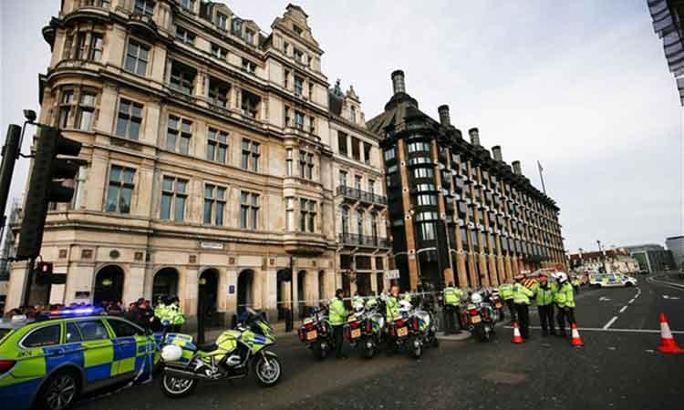 Βρετανία: Περισσότεροι από 200 αστυνομικοί έχουν καταδικαστεί