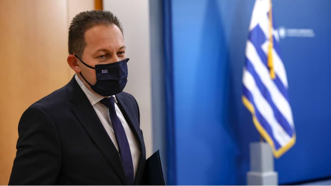 Petsas: Kyrwseis se osous mathites den foroyn maska