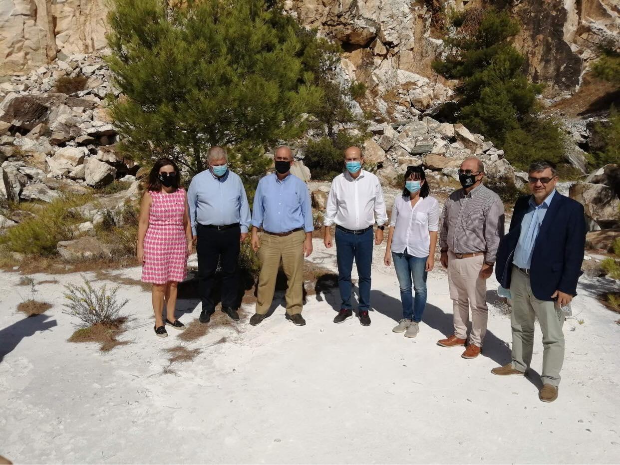 Πεντελικό Όρος: Επίσκεψη Υπουργού Περιβάλλοντος